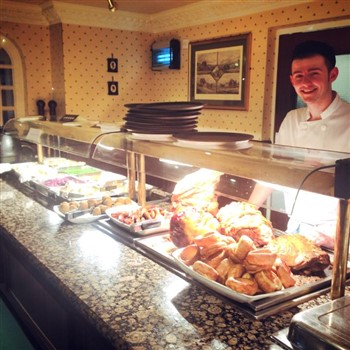 Sunday Carvery & Shopping in Exeter - £31.50
