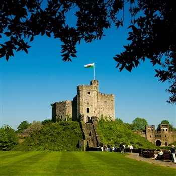 Cardiff Explorer, Cardiff Castle & St Fagans