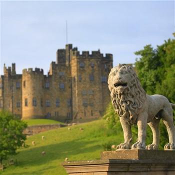 Lindisfarne, Bamburgh Castle & Beamish, Alnwick